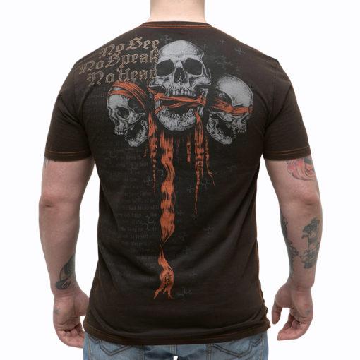 футболка с черепом с завязанными глазами